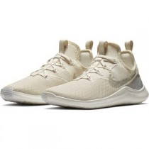 TENISICA  WMNS NIKE FREE TR 8 CHMP