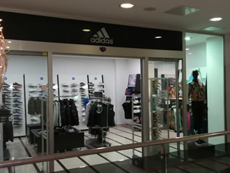Adidas shop - Makarska